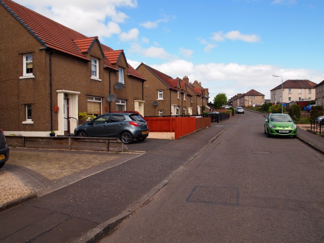 Dundarroch Street houses and parked cars